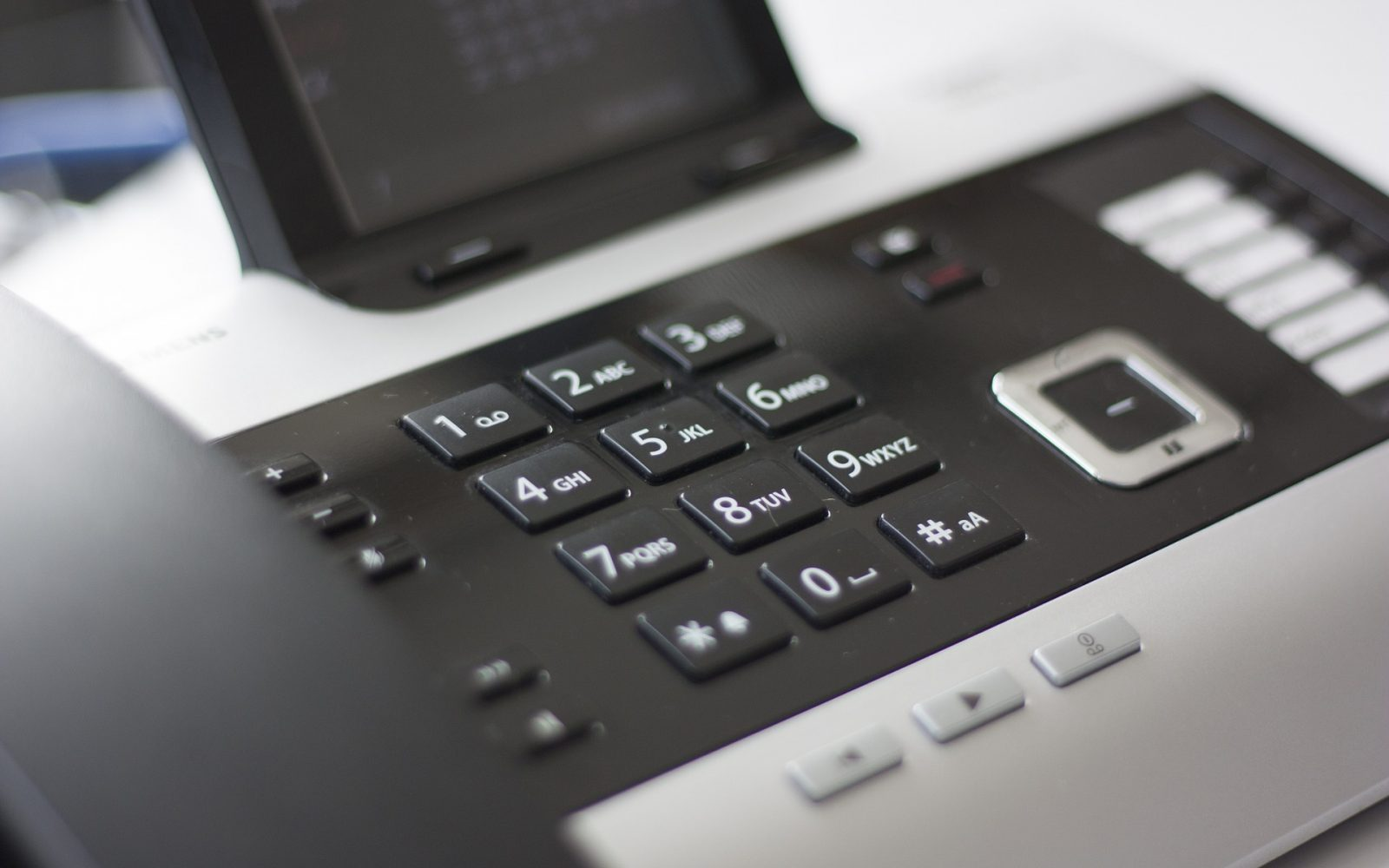 small-business-phone-voip